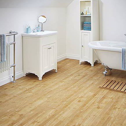 Karndean knight american oak effect vinyl flooring kp40 for Wood effect vinyl flooring bathroom